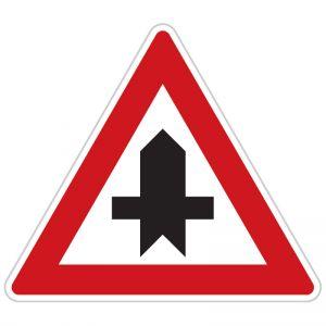 Křižovatka s vedlejší silnicí