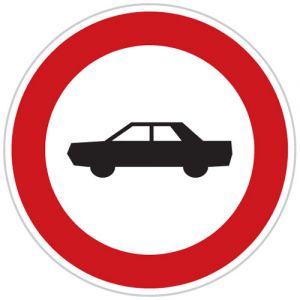 Zákaz vjezdu osobních automobilů